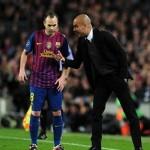 انييستا يرد على جوارديولا .. لاعبو برشلونة لا ينقصهم التحفيز