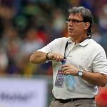 مدرب برشلونة يطلب التعاقد مع 8 لاعبين على رأسهم توران وجاندوجان
