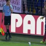 فيديو .. فياريال يحرم المشجع صاحب واقعة القاء الموزة على الفيش من دخول الملعب مدى الحياة