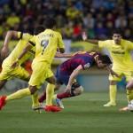 فيديو .. النيران الصديقة تهدى برشلونة الفوز على فياريال فى مباراة مجنونة
