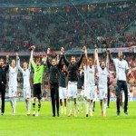 الويفا يعاقب ريال مدريد بإغلاق جزئي لملعبه بسبب العنصرية