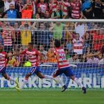 جماهير برشلونة تهاجم الفريق بعد الخسارة أمام غرناطة