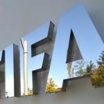 الفيفا يمنع برشلونة من التعاقدات لمدة عامين