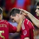 اسبانيا تفوز على بوليفيا بهدفى توريس وانيستا