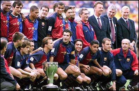 Figo-Barca-with-trophy