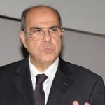 اتحاد الكرة الجزائري يساند بلاتر في انتخابات فيفا
