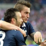 فرنسا تحقق فوزا معنويا على هولندا