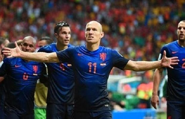 مباراة-هولندا-استراليا-القنوات-الناقلة-513x330