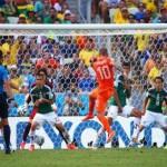 فيديو .. دقيقتين تكفى هولندا للتأهل على حساب المكسيك