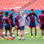 هودجسون يجري 9 تغييرات على التشكيل الأساسي لانجلترا أمام كوستاريكا