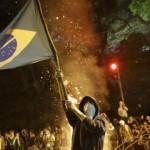 الشرطة البرازيلية تفرق احتفال مشجعي الأرجنتين بالتأهل لربع نهائي المونديال