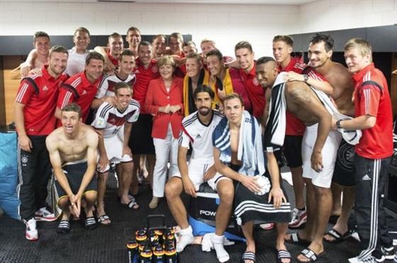 ميركل و المانيا