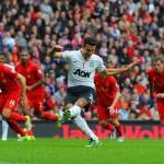 مانشستر يرد على ليفربول بثلاثية في الشوط الثاني ويحرز لقب كأس الأبطال الدولية