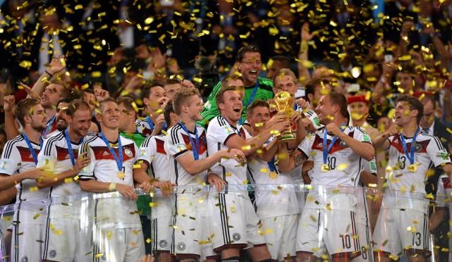 حفل-تتويج-المنتخب-الألماني-بطل-كأس-العالم-2014-بالبرازيل-3054d