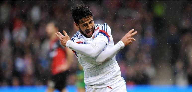"""""""بطل العالم"""" يُشعل الصراع بين ليفربول والسيتي"""