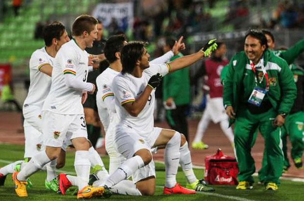 بوليفيا تخطف فوزاً مثيراً من الإكوادور