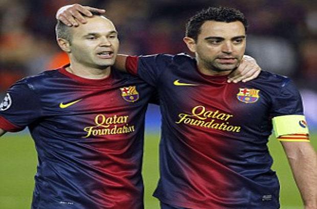 إنييستا : تشافي يستحق لقب دوري الأبطال في ختام مسريته مع برشلونة