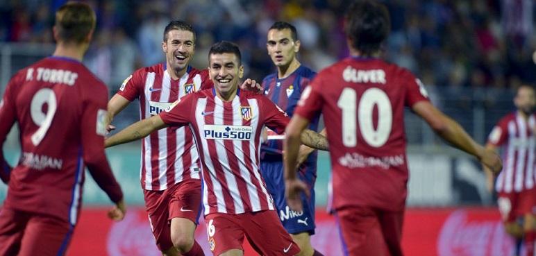 البديلان كوريا وتوريس يقودان أتلتيكو مدريد للفوز على إيبار