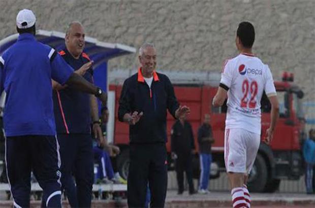 """فيريرا يصل قطر للتفاوض مع فريق """" تشافي """""""