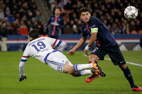 أهداف الشوط الأول من مباراة باريس سان جيرمان وتشيلسي