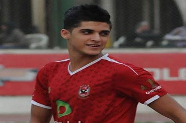 """لاعبي الأهلي متضامنين مع """"أحمد الشيخ"""""""