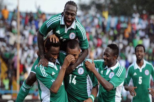"""مهاجم نيجيريا يتوعد مصر بـ """" حفلة أهداف """" قبل المواجهة المرتقبة"""