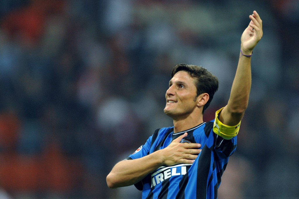 Inter Milan's Argentinian defender Javier Aldemar Zanetti celebrates at the end of their Serie A football match AC Milan vs Inter Milan at San Siro Stadium in Milan on August 29, 2009. Inter Milan's won 4-0. AFP PHOTO / GIUSEPPE CACACE (Photo credit should read GIUSEPPE CACACE/AFP/Getty Images)