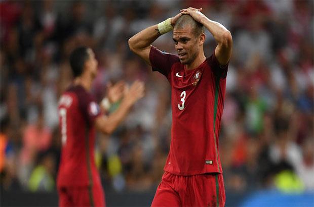 كواليس اليورو .. البرتغال تخشى غياب بيبي عن مباراة ويلز