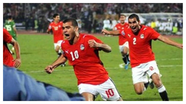 في ذكرى 14 نوفمبر .. الجزائر تشرب من نفس الكأس الذي أذاقته لمصر في 2009 !