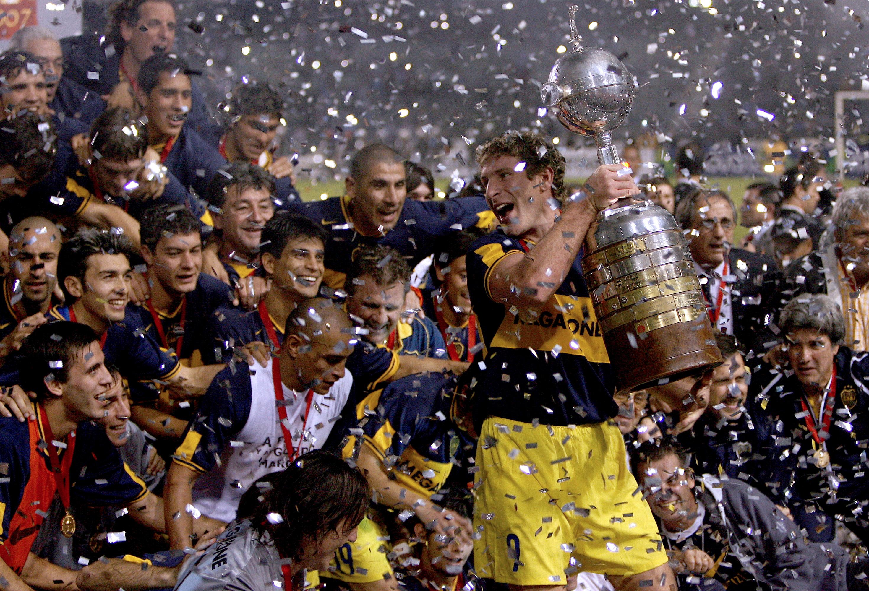 boca-campeon-libertadores-2007-palermo-copa-arc