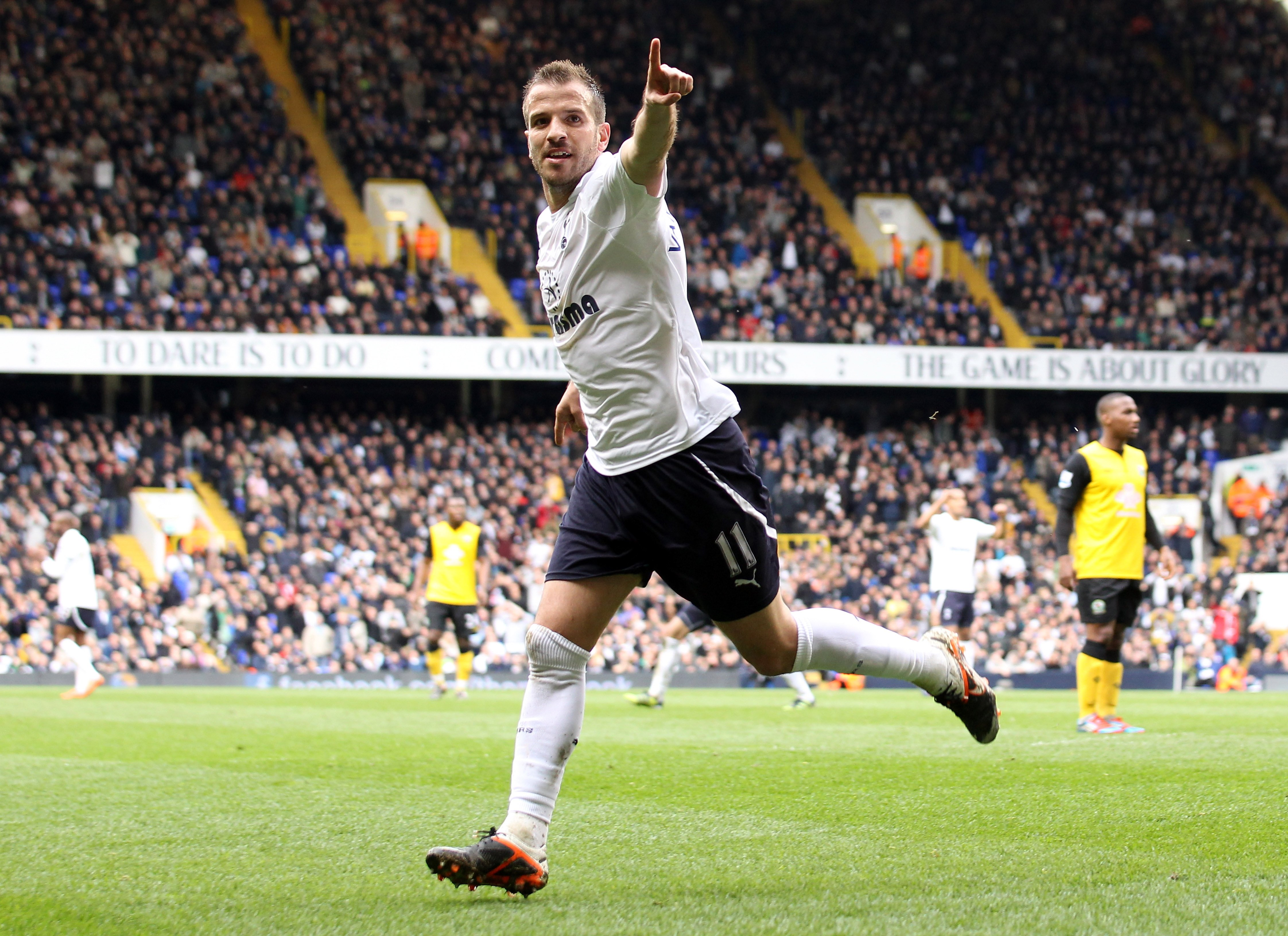 LONDON, ENGLAND - APRIL 29: Rafael van der Vaart of Spurs celebrates scoring the opening goal during the Barclays Premier League match between Tottenham Hotspur and Blackburn Rovers at White Hart Lane on April 29, 2012 in London, England.  (Photo by Scott Heavey/Getty Images)
