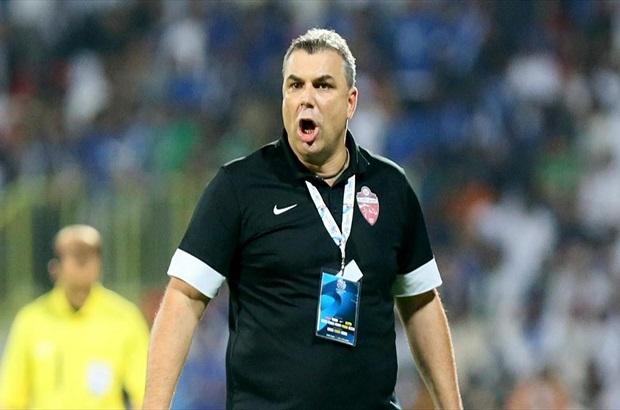 """""""كوزمين"""" أفضل مدرب في الدوري الإماراتي"""