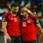 محمد صلاح يواسي تريزيجيه بعد غيابه عن مواجهة تونس