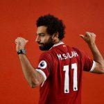 محمد صلاح يهدي نجم الأهلي قميص ليفربول