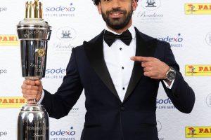رسميا.. محمد صلاح ثاني لاعب عربي يفوز بجائزة أفضل لاعب في إنجلترا