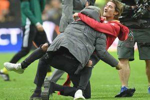 مورينيو: الإستثنائي القادم في عالم كرة القدم سيكون «نجلي» !