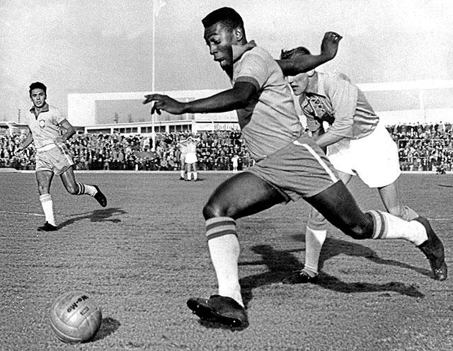 أساطير المونديال(1).. راقص السامبا الذي حقق إعجازا فريدا في كأس العالم