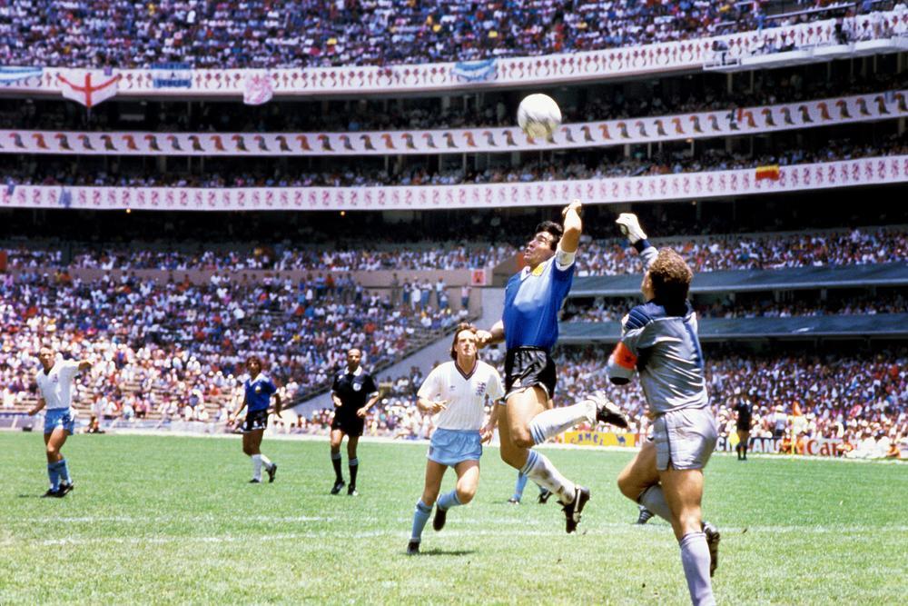 أساطير المونديال(2).. مارادونا الذي هز العالم في 86 وصدم الجميع عام 94