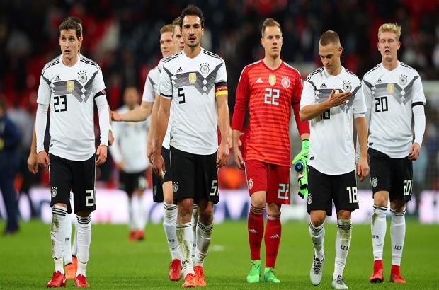 """المفاجأت تتوالي.. لوف يطيح بـ""""ساني"""" خارج قائمة ألمانيا النهائية لكأس العالم"""
