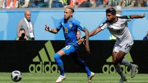 البرازيل تفوز على كوستاريكا بهدفي كوتينيو ونيمار
