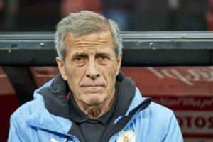 مدرب أوروجواي: غياب صلاح عن الفراعنة أضر بهم كثيرًا