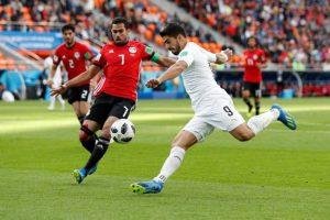 مدرب أوروجواي يشعر بخيبة أمل من مستوى سواريز أمام مصر