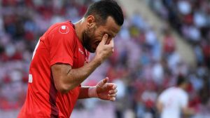 الإصابة تعاود معلول وشكوك حول مشاركته في كأس العالم
