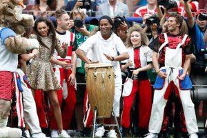 الراقص يعود لنهائي المسرح العالم بعد 16 عام كعازف على الطبلة