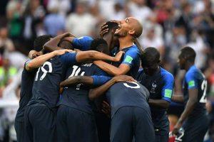 ديشامب صانع التاريخ يصرح: هناك من فاز بكأس العالم وهو في سن الـ 19 !
