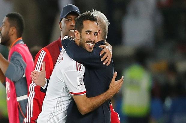 الإمارات تحيي آمالها وتقترب من الدور الثاني بكأس آسيا