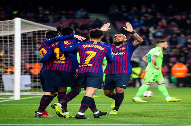 """""""الحل دائمًا عند ميسي"""".. برشلونة ينتقم من ليجانيس"""