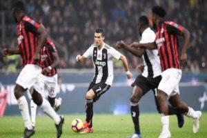 رجل النهائيات.. رونالدو يسجل في ميلان ويقود يوفنتوس للفوز بكأس السوبر الإيطالي