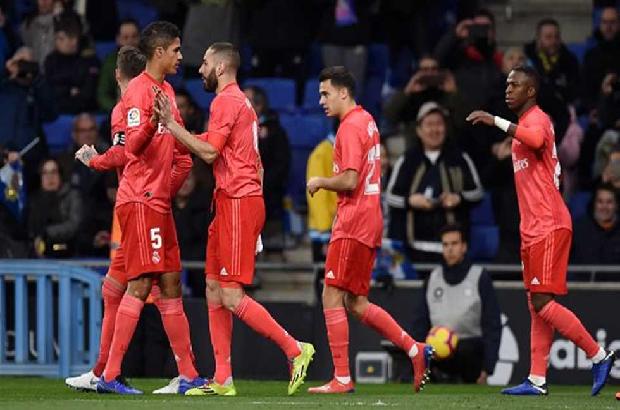 بنزيما يمنح ريال مدريد انتصارا ثمينا من قلب كتالونيا