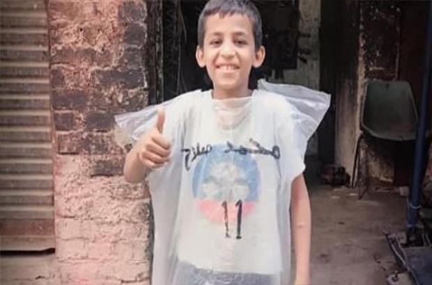 فيديو.. صلاح يُلبي أمنية العاشق الصغير